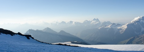 Elbrus-7002